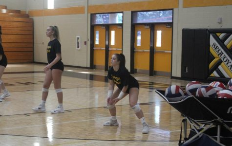 Chiefs volleyball team digs through the competition