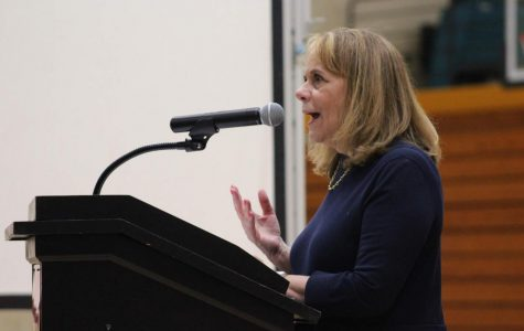 Author Laura Schroff visits Sequoyah