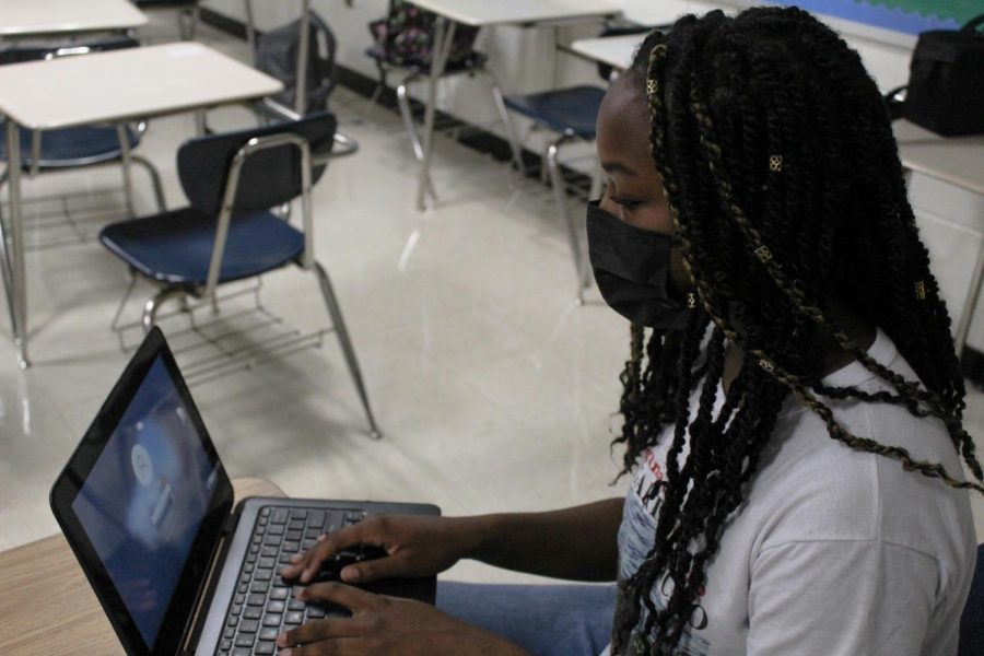 Online learning still stands as an option this school year: Which works best?